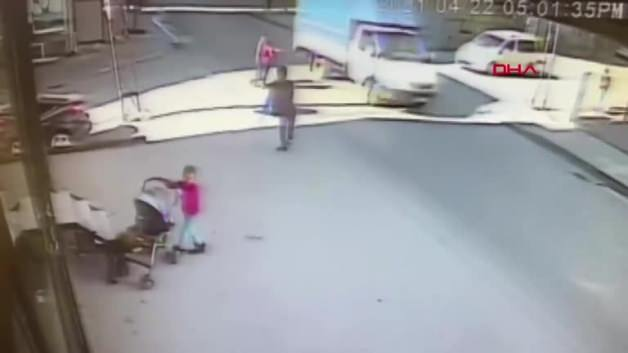 This image is not heartbreaking! A car ran over the boy who tied his shoe