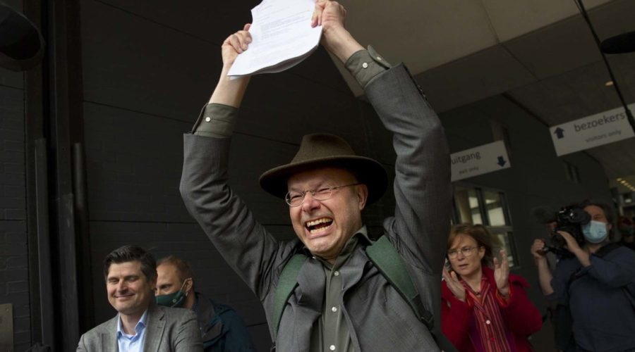 Climate activists celebrate 'groundbreaking' legal victory over Shell