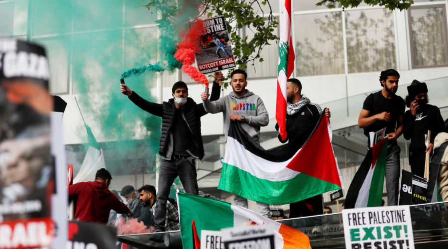 Thousands of people take part in pro-Palestinian protests in cities around the world