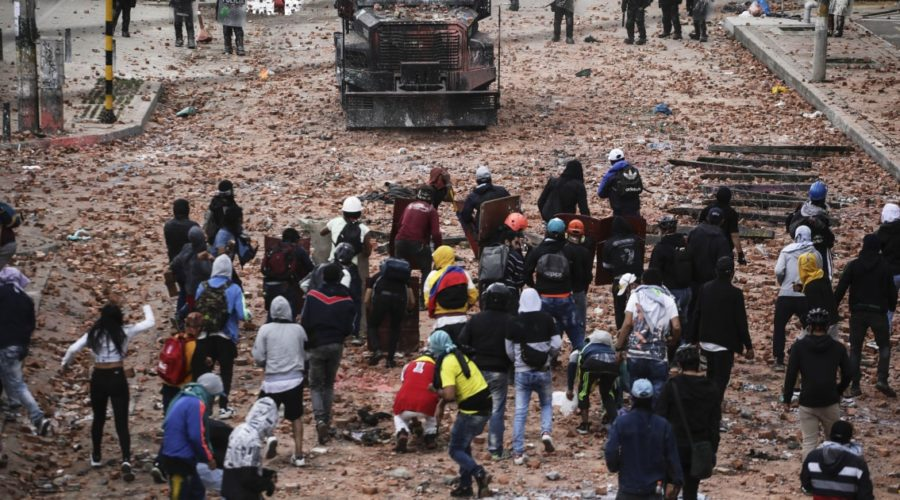 Colombian police kill 20 people, international human rights group says
