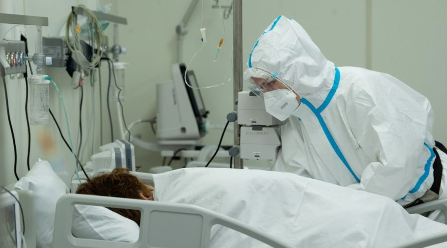 Moscow orders new restrictions as Covid-19 infections skyrocket in city