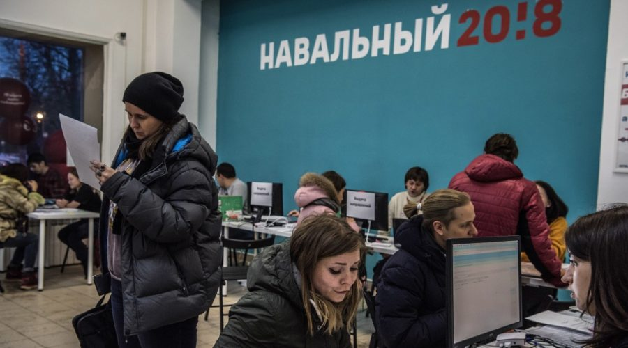 """Russian court rules Kremlin critic Alexei Navalny's groups to be """"extremists"""""""
