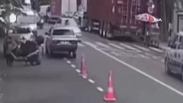 This is how he experienced his horror of trying to cross the road