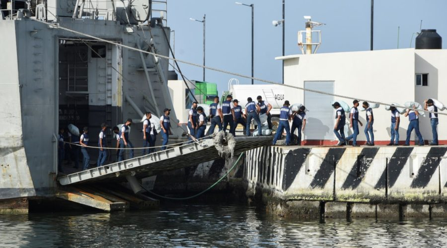 Mexico sends navy ships with food and medicine to Cuba