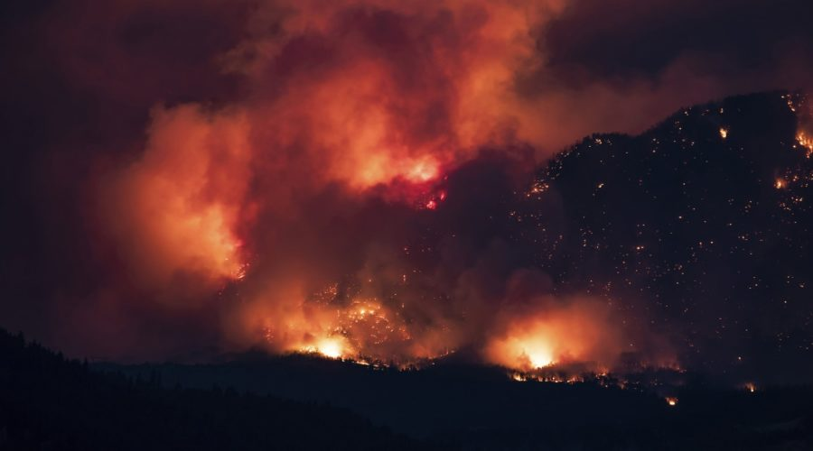 Heat, fire and smoke in British Columbia produce extreme weather conditions