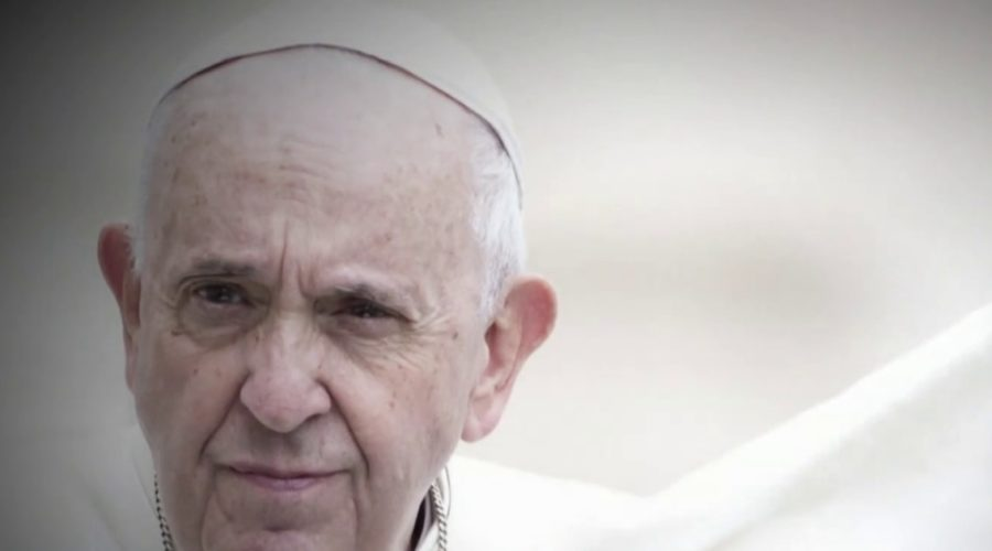 """Pope Francis """"responded well"""" to colon surgery"""