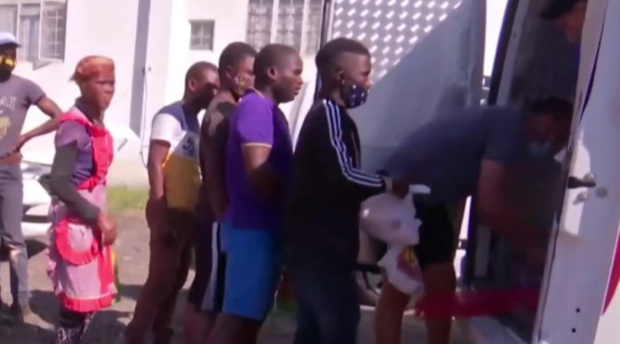 Volunteers donate food to hungry families in South Africa after unrest